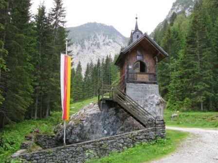 Hubertuskapelle-im-Wolayertal
